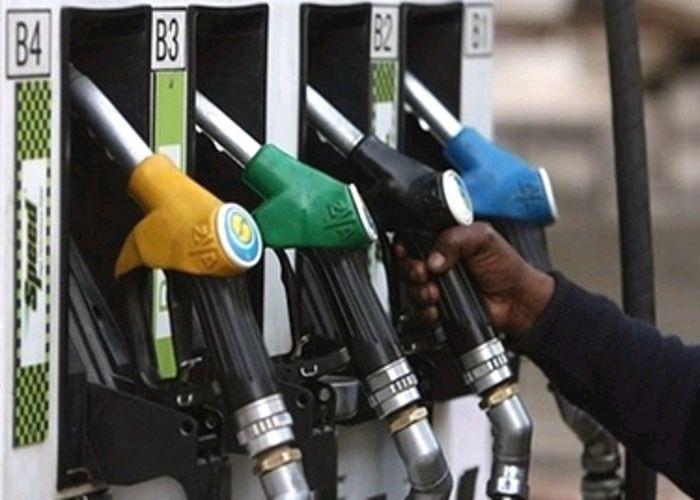 महंगाई की मार ! पेट्रोल 3.07 रुपए, डीजल 1.90 रुपए महंगा