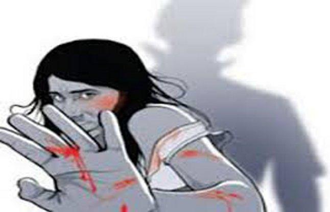 आजमगढ़ : चुनावी रंजिश के चलते महिला से सामूहिक दुष्कर्म