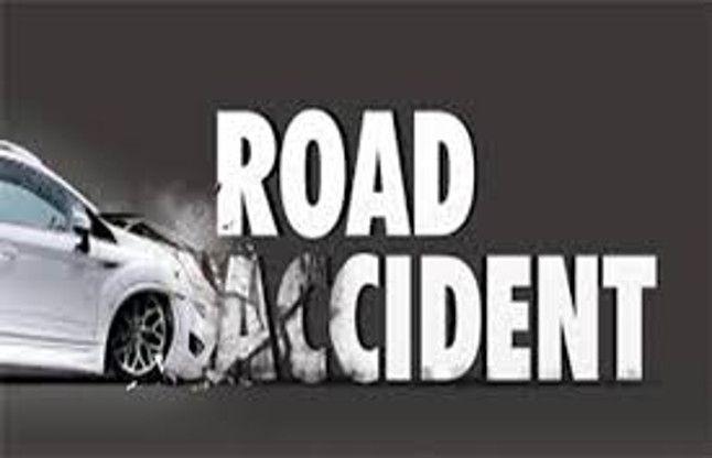आजमगढ़ : अनियंत्रित जीप पलटी, एक की मौत, दर्जन घायल