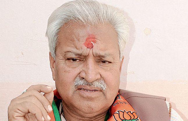 इस BJP नेता ने सबसे पहले सार्वजनिक की अपने खातों की जानकारी