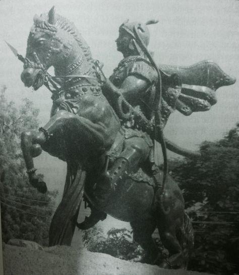 सुहेलदेव को लेकर छिड़ी जंग, राजा बोलो- किसके हो संग